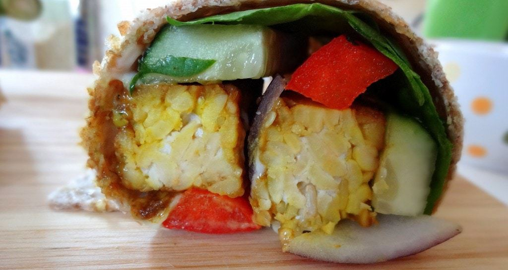 TEMPEH CRUNCH WRAP - Vegan - from theglowingfridge.com
