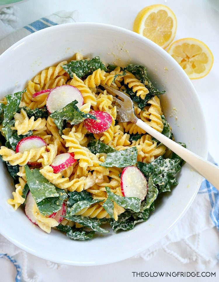 Vegan Kale Caesar Pasta Salad. Healthier, updated version of the classic salad with a creamy nut-free dressing. Cheesy, tangy, rich, peppery and so satisfying! From The Glowing Fridge. #vegan #salad #caesar