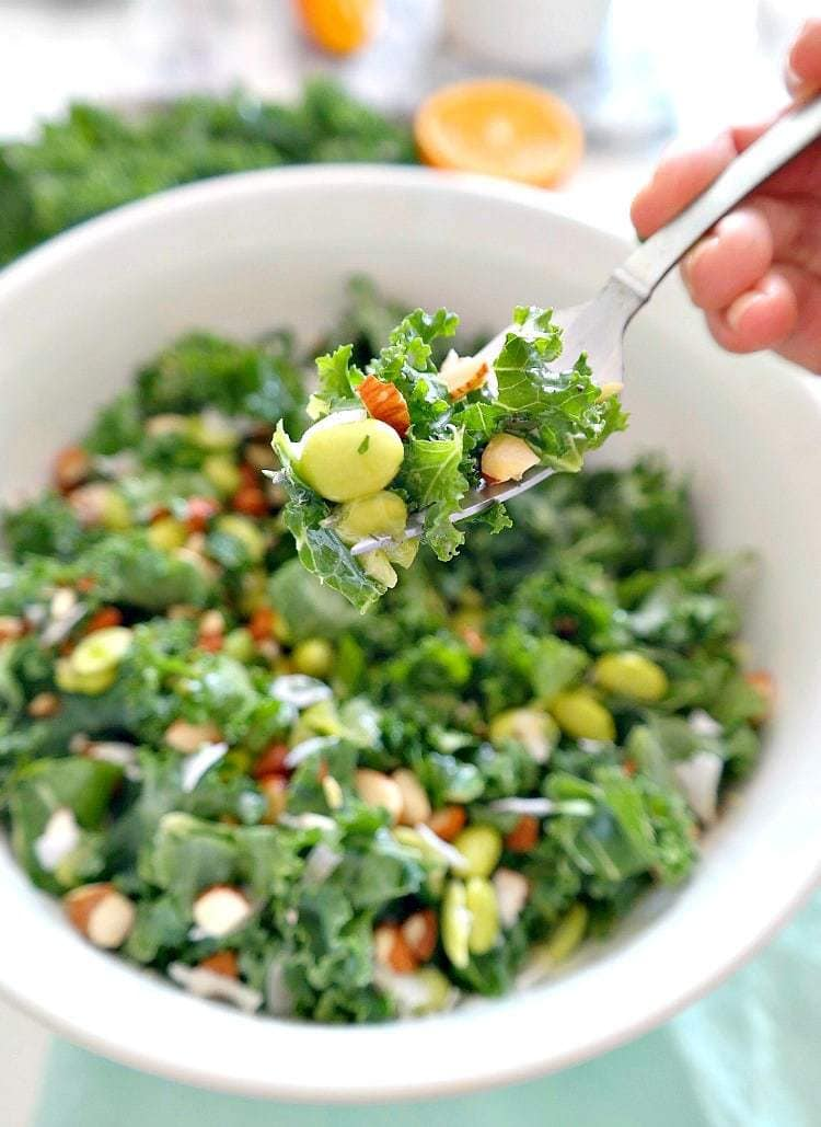 Kale Coconut Detox Salad - Vegan & Gluten Free. Crunchy and slightly sweet, infused with a citrus orange oil-free vinaigrette. Refreshing and light but also filling and packed with protein. An absolute must for spring and summer! From The Glowing Fridge.