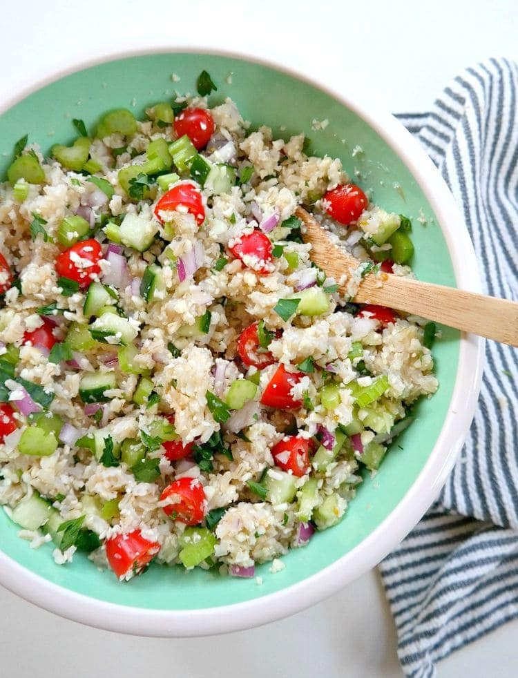Cleansing Tabbouleh Salad - made gluten free and vegan with low-fat cleansing nutrients and ready in 30 minutes. Super easy, oil-free, healthy and vibrantly flavored! From The Glowing Fridge