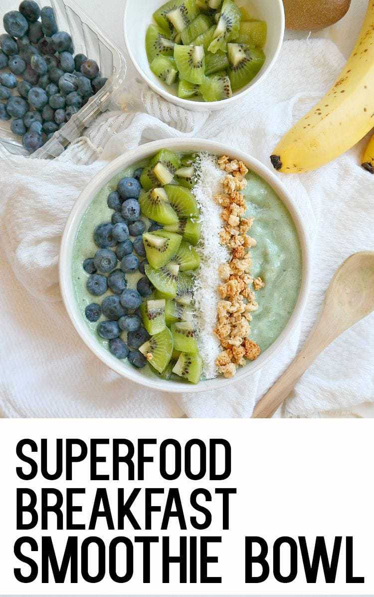 Superfood Breakfast Smoothie Bowl - vegan, gluten free, low fat and super nourishing. Made with spirulina, banana, pineapple and your favorite crunchy toppings, just spoon and crunch your way to breakfast heaven. From The Glowing Fridge.