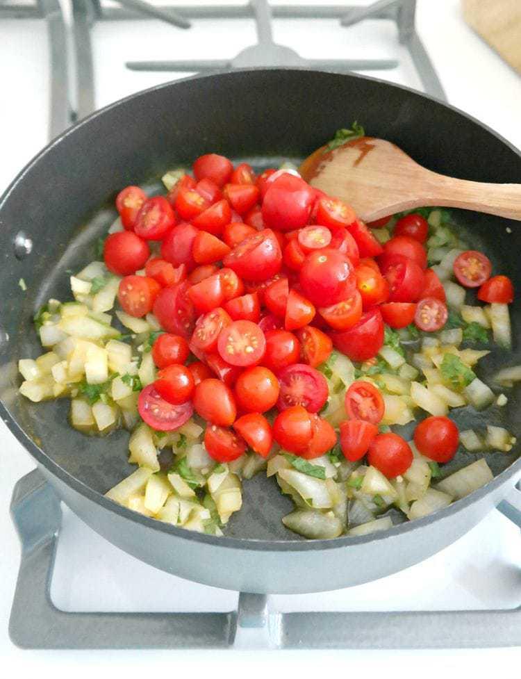 Spicy Marinara & Tomato Basil Pasta
