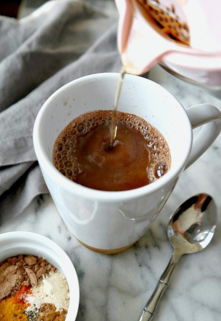 Superfood Elixir For Coffee - VEGAN & DAIRY FREE. An energizing blend of nutrient-dense superfoods and spices to amp up your morning coffee. From The Glowing Fridge
