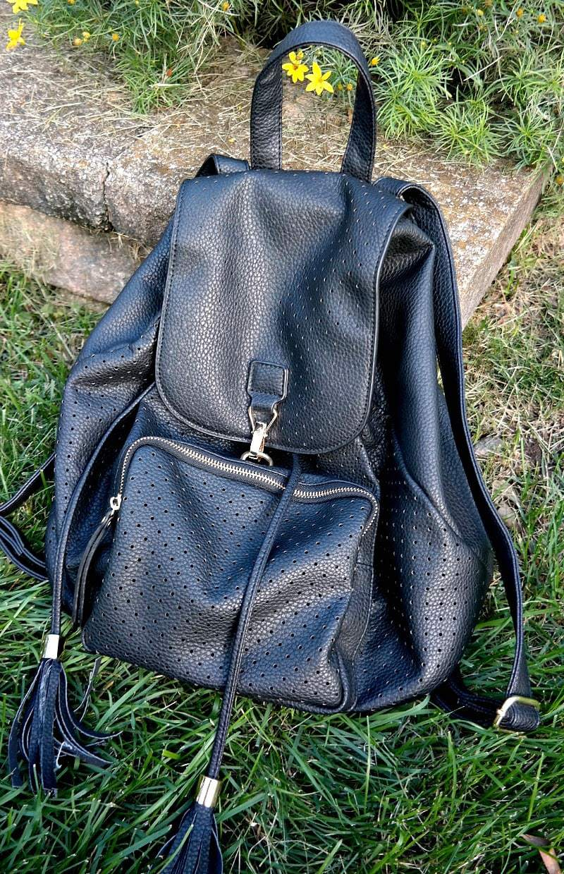 High-Quality Vegan Leather Backpack from Mechaly. Cruelty-free fashion is an important aspect of the vegan lifestyle and supporting brands with a higher cause is amazing! #vegan #leather