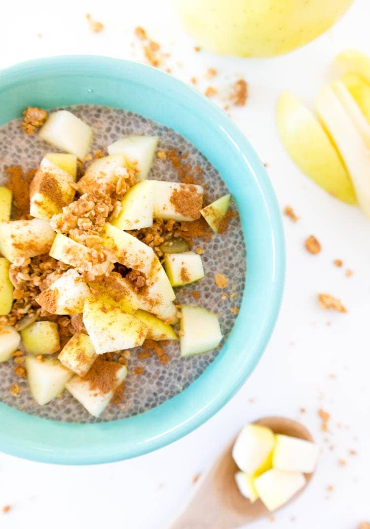 apple pie chia seed pudding
