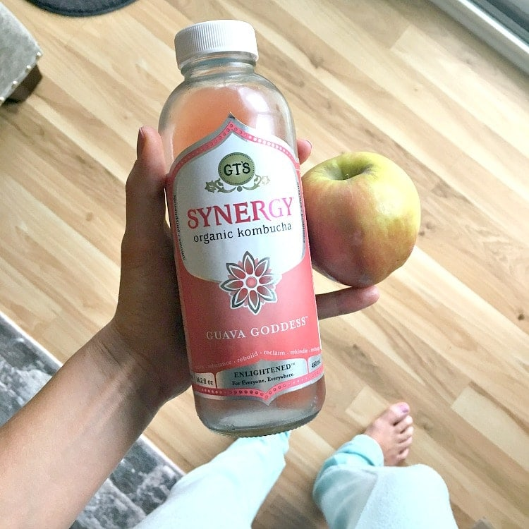 What I Ate Wednesday - plant based & vegan - guava Kombucha and fuji apple