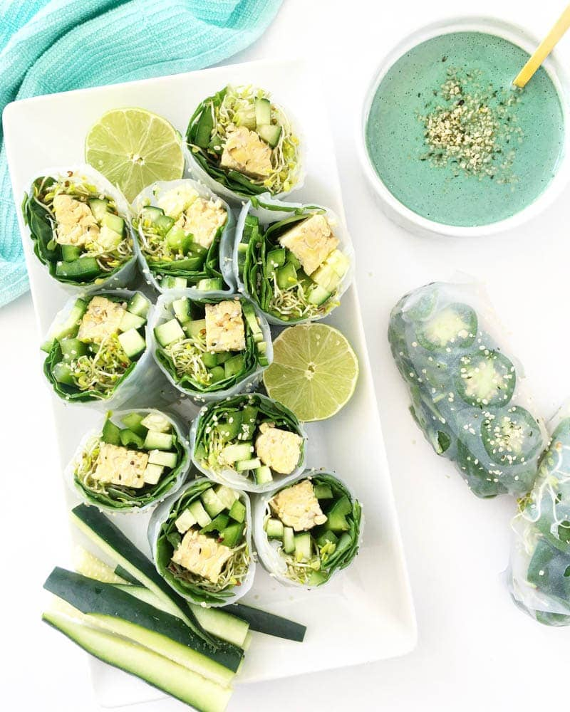Mermaid Babe Rolls with Mermaid Spirulina Dipping Sauce