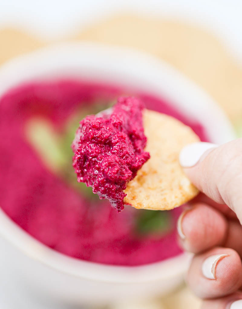 Vegan Cashew Beet Snack Dip. Super simple, luscious and creamy. A healthy dairy-free party dip made with beets, cashews, herbs and spices. Great for meal prep too! #beetdip #vegan #party #dip
